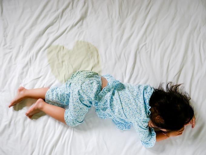 子どもの夜尿症(おねしょ)について